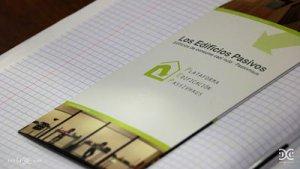 folleto que muestra cómo es un edificio passivhaus