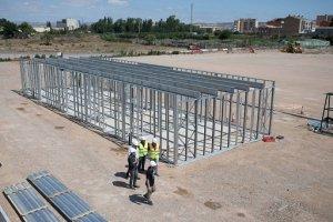 Estructura Steel Frame para vestuarios de campo de fútbol en Casetas (Zaragoza)
