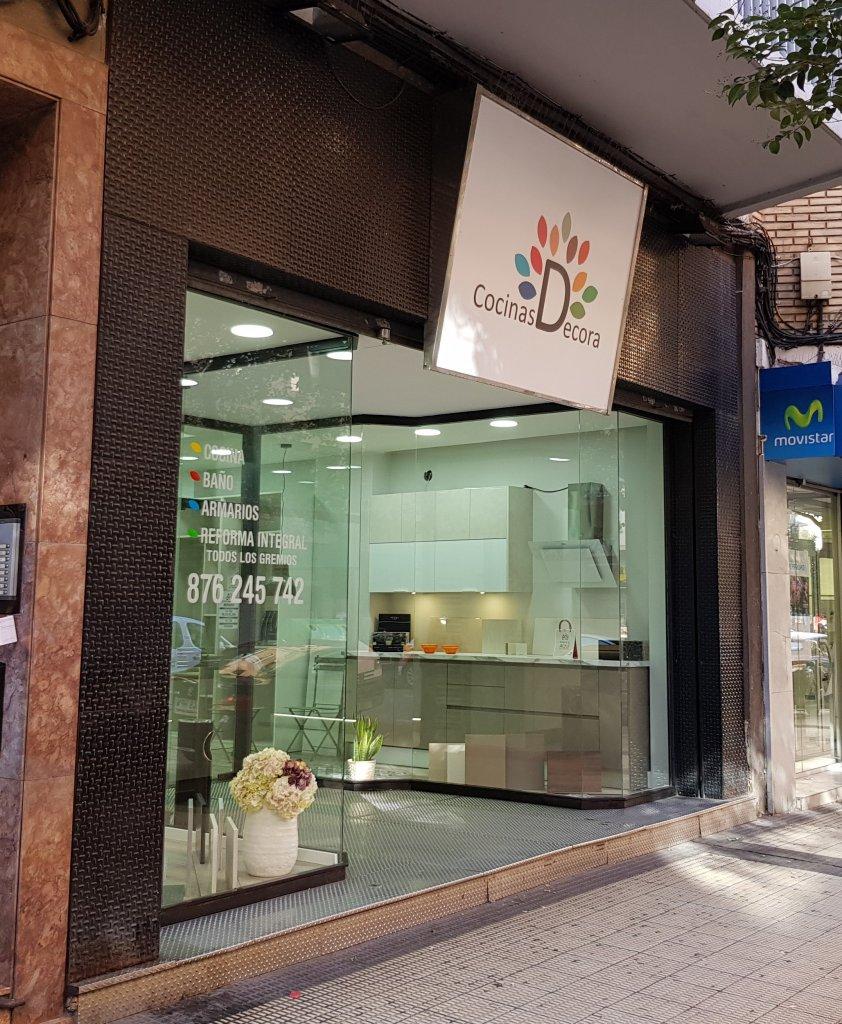 Licencia de Apertura de Tienda de Muebles de Cocina en Zaragoza